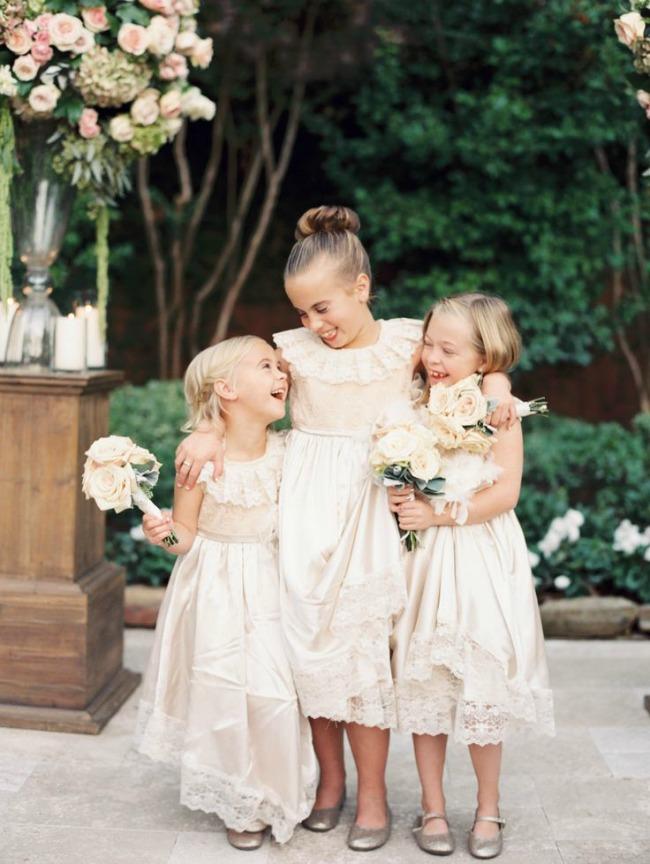 10 Moda za decu: Malim, ali modernim koracima na proslavu venčanja