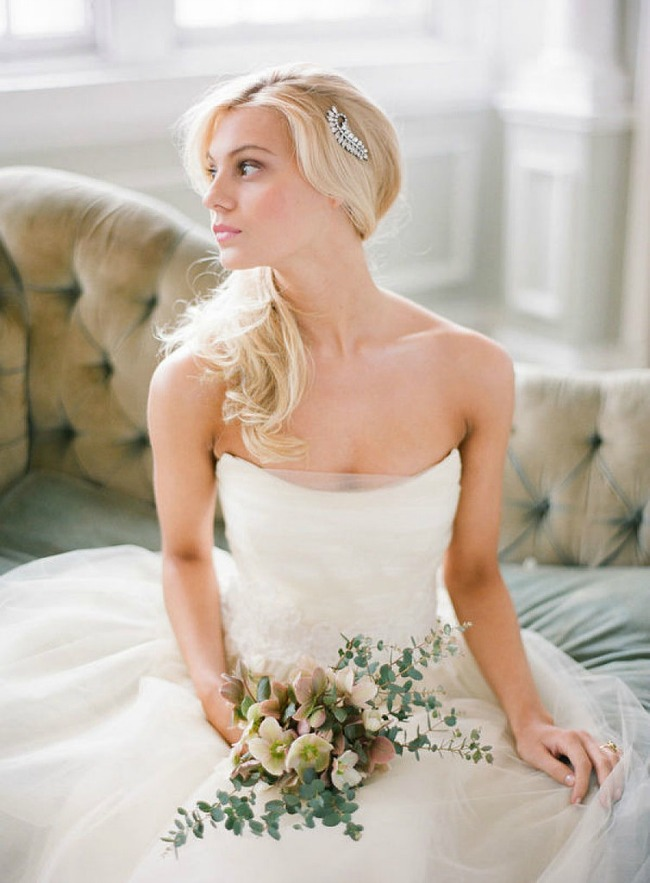 4 Po ugledu na Oliviju Palermo: Romantičan rep kao top frizura za venčanje