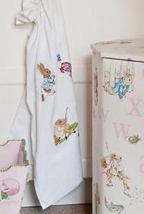 Dekoracija dečje sobe: Zanimljivi garderoberi