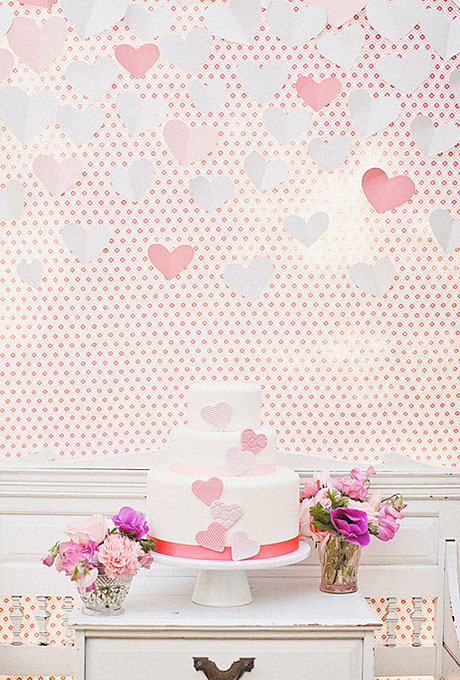 love themed wedding cake ideas 01 Torte za venčanja: Desert ukrašen srcima