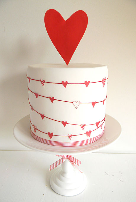 love themed wedding cake ideas 04 Torte za venčanja: Desert ukrašen srcima