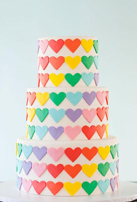 love themed wedding cake ideas 05 Torte za venčanja: Desert ukrašen srcima