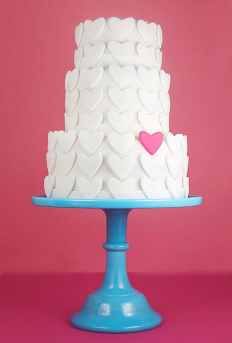 love themed wedding cake ideas 07 Torte za venčanja: Desert ukrašen srcima