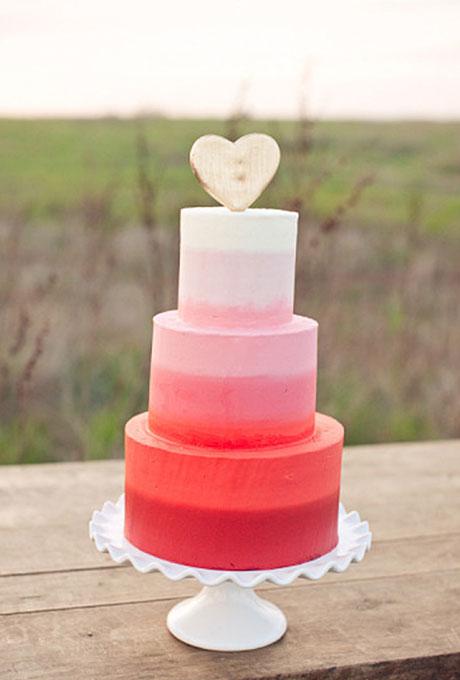 love themed wedding cake ideas 09 Torte za venčanja: Desert ukrašen srcima