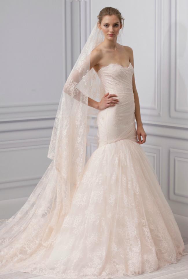 monique lhuillier Novi trend: Roze venčanice sa modne piste