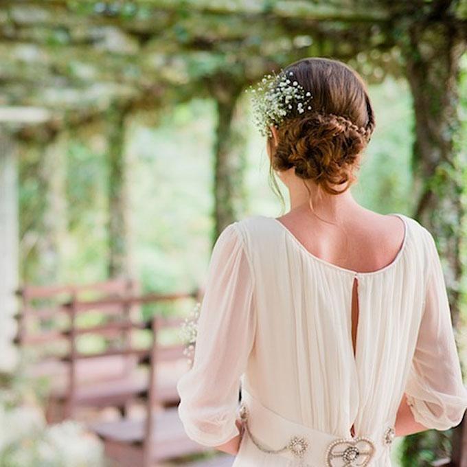 wedding hairstyles for curly hair braided bun Frizure za venčanje: Za dame sa kovrdžavom kosom