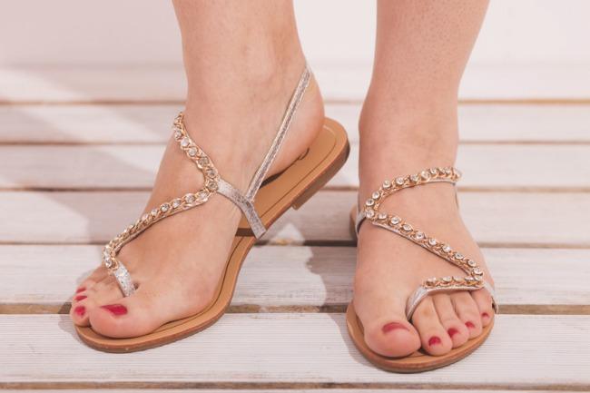 Šafran sandale Wannabe Shop: Neizostavni detalji za venčanje