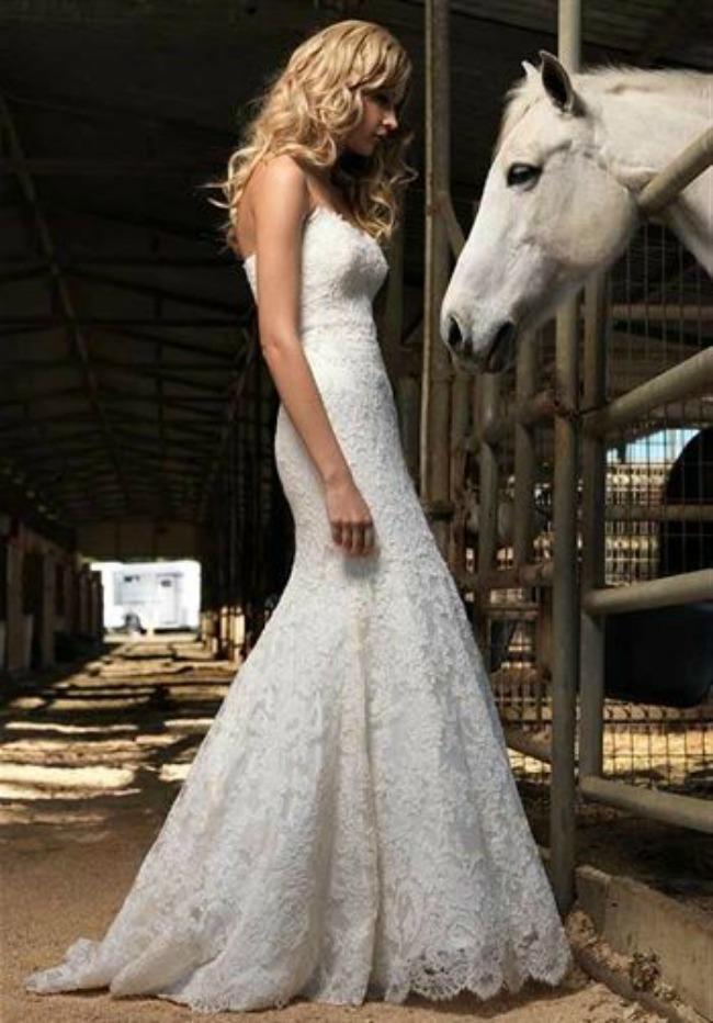 10 Jenny Lee Haljine za venčanje: Najlepše venčanice sirena kroja