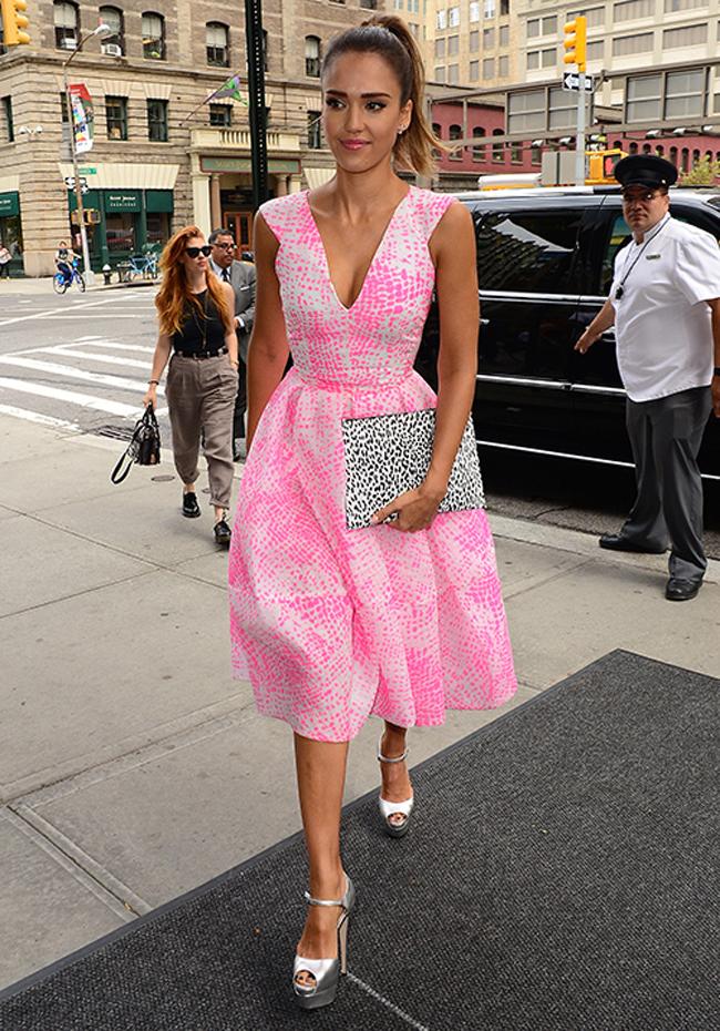 Haljina za venčanje Džesika Alba1 Haljina za venčanje: Izaberi roze boju