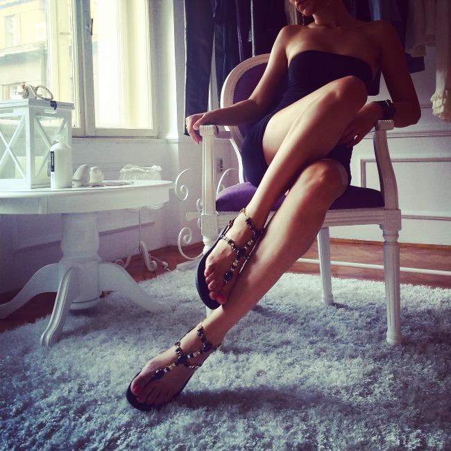 Lavani Couture sandale1 Ponovi se: Veliko sniženje u Lavani Couture ateljeu!
