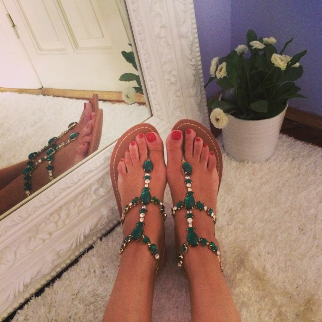 Lavani Couture zelene sandale Ponovi se: Veliko sniženje u Lavani Couture ateljeu!