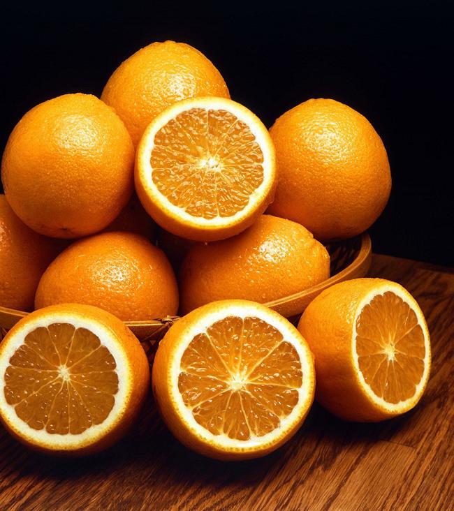 Pomorandže Pobedite depresiju: Pet namirnica koje će vam pomoći