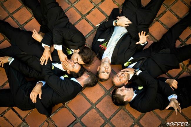 Prijatelji 3 Razlozi zbog kojih su vam prijatelji neophodni na venčanju