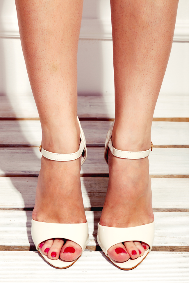 Sandale Šafran Wannabe Shop Wannabe Shop: Elegancija u belom!
