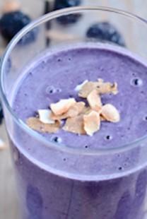 Ukusno i zdravo: Smoothie od kupina i kokosa