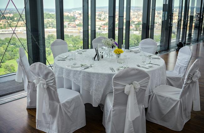 Top of the hub2 Venčanje na samom vrhu Beograda: Top of the Hub restoran
