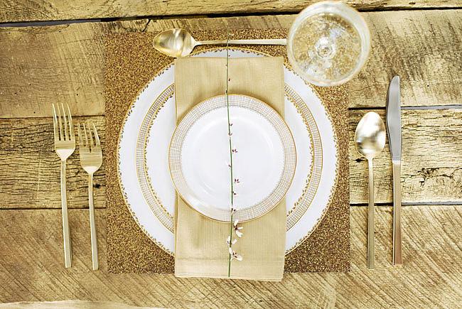 Zlatni detalji na svadbi1 Svadbena dekoracija: Ideje za detalje u boji zlata