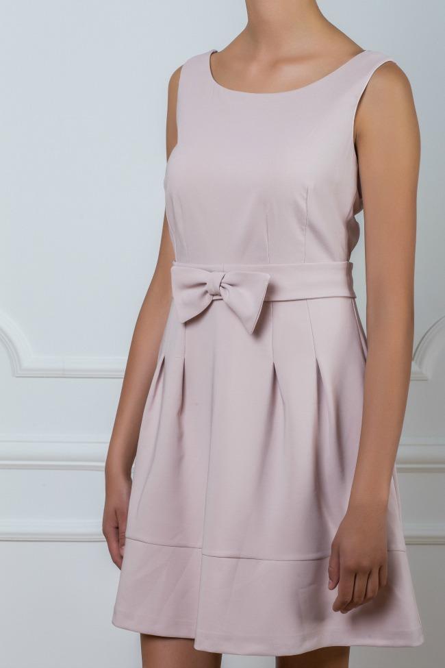 wannabe shop haljina i upecatljive mindjuse haljina fervente Wannabe Shop: Haljina i upečatljive minđuše