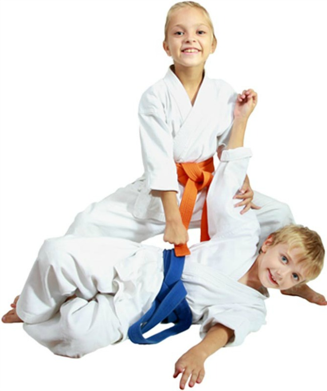 dzudo dvoje1 Pustite dete da trenira džudo