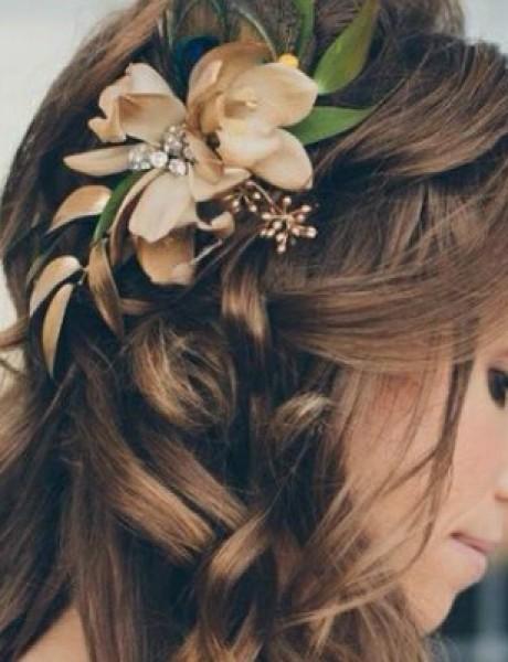 Frizure za venčanje: Cveće u kosi