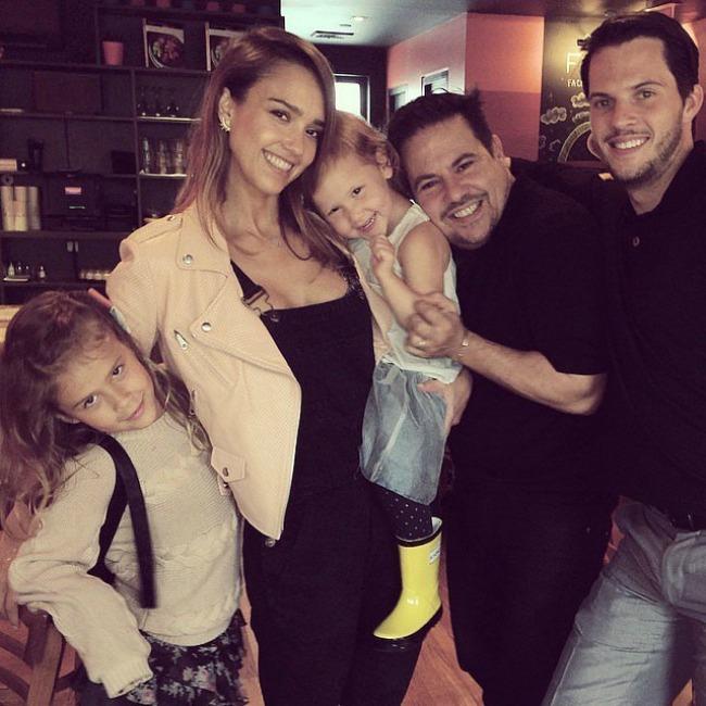 instagram porodicne fotografije poznatih dzesika alba Instagram: Porodične fotografije poznatih
