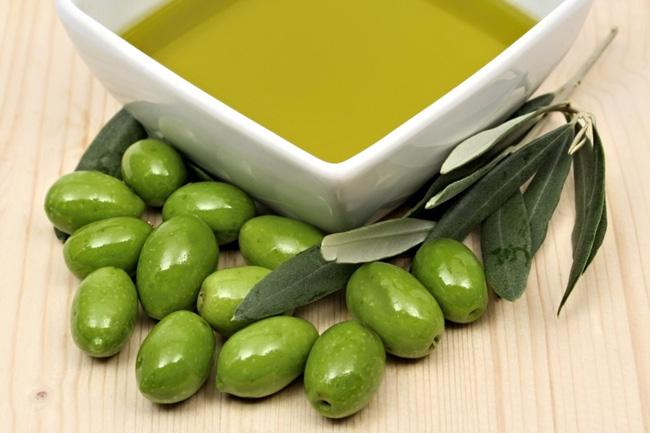 maslinovo ulje Zdrave masti od kojih će vaša koža zasijati