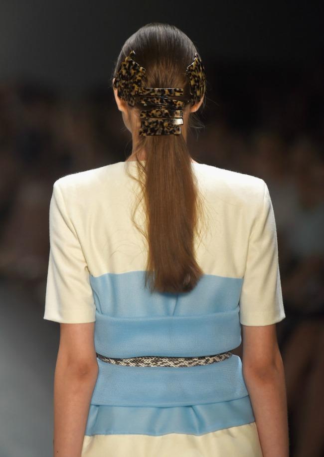 trendi aksesoari elegantne snale za kosu rosi porkar Trendi aksesoari: Elegantne šnale za kosu