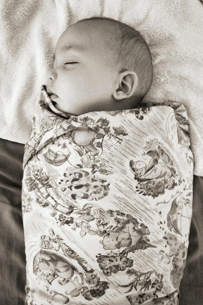 zamotana beba1 Kako uspavati bebu