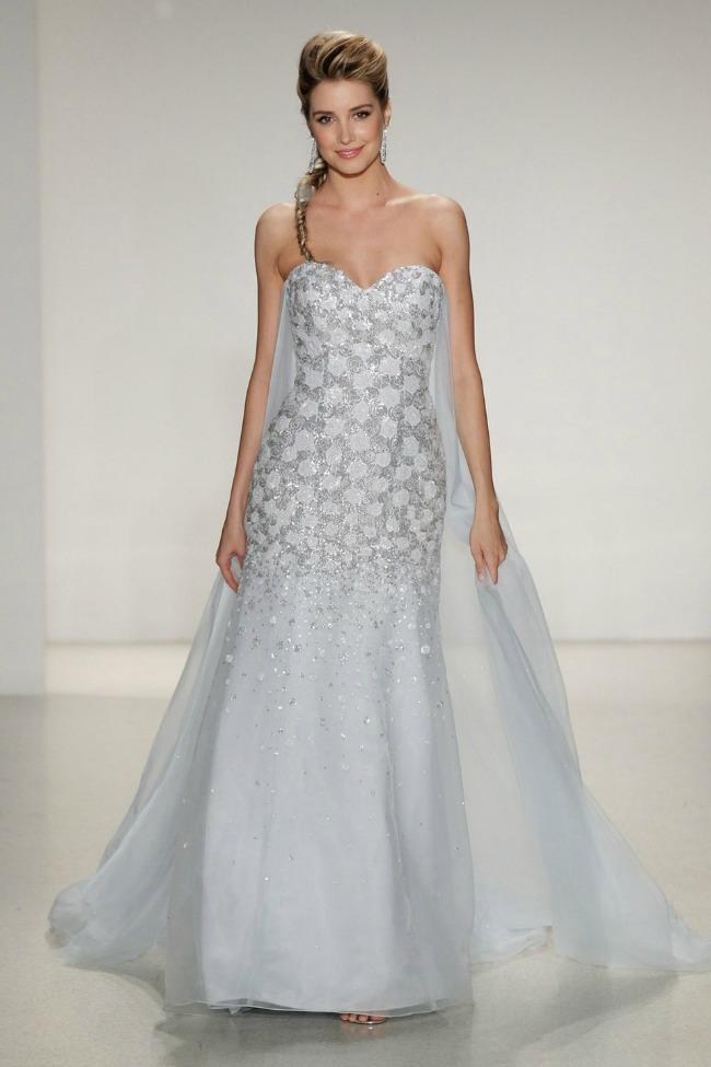 Da li biste nosile venčanicu inspirisanu filmom Frozen 1 Da li biste nosile venčanicu inspirisanu filmom Frozen?