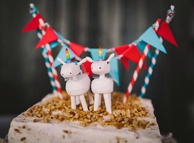 Zabavne figurice za mladenačku tortu 2 Zabavne figurice za mladenačku tortu