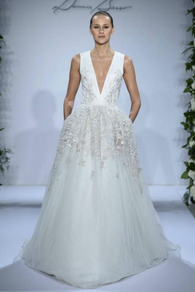 haljine za vencanje seksi i elegantne vencanice dennis basso Haljine za venčanje: Seksi i elegantne venčanice