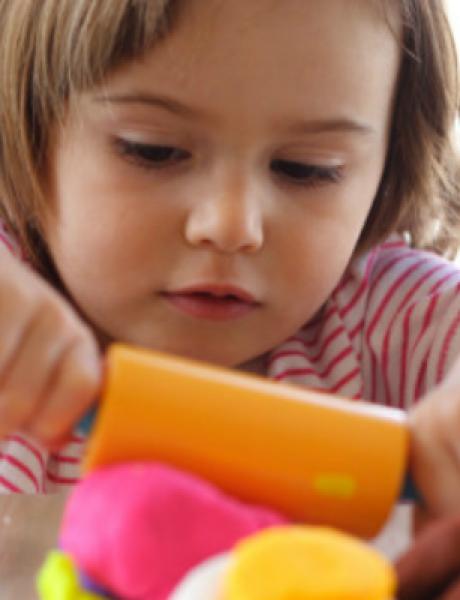 Napravite domaći plastelin za mališane