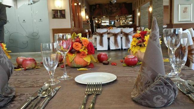 restoran kumbara dekoracija Vaše jesenje venčanje u najlepšem ambijentu restorana Kumbara