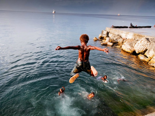 solomonova ostrva1 Top 10 fotografija najsrećnijih momenata u detinjstvu