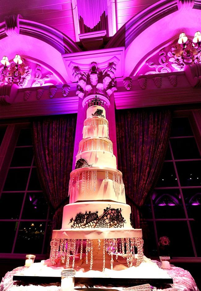 01 Torta All that jazz Savršene torte za tematska venčanja