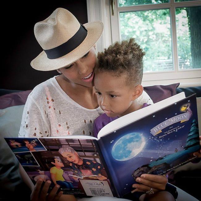 Alicia Keys Porodične fotografije poznatih na Instagramu