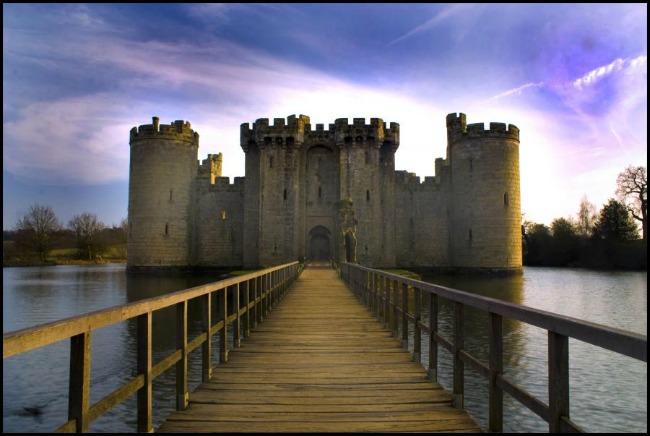 Bodiam Castle 1505 Savršen medeni mesec: Obilazak zamkova sveta