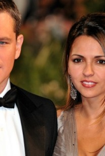 Zanimljive priče o upoznavanju poznatih parova