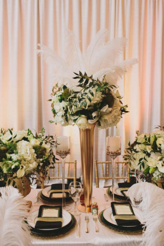 crno i zlatno idealna kombinacija za vencanje zlatne vaze Crno i zlatno: Idealna kombinacija za venčanje
