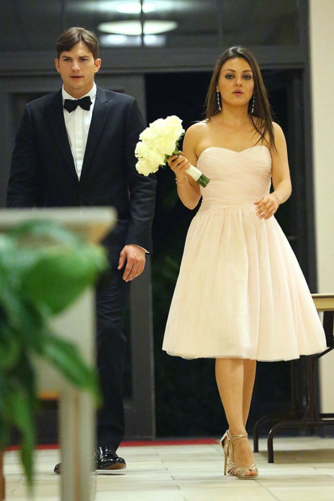 najstilizovaniji poznati gosti na vencanjima mila kunis Najstilizovaniji poznati gosti na venčanjima