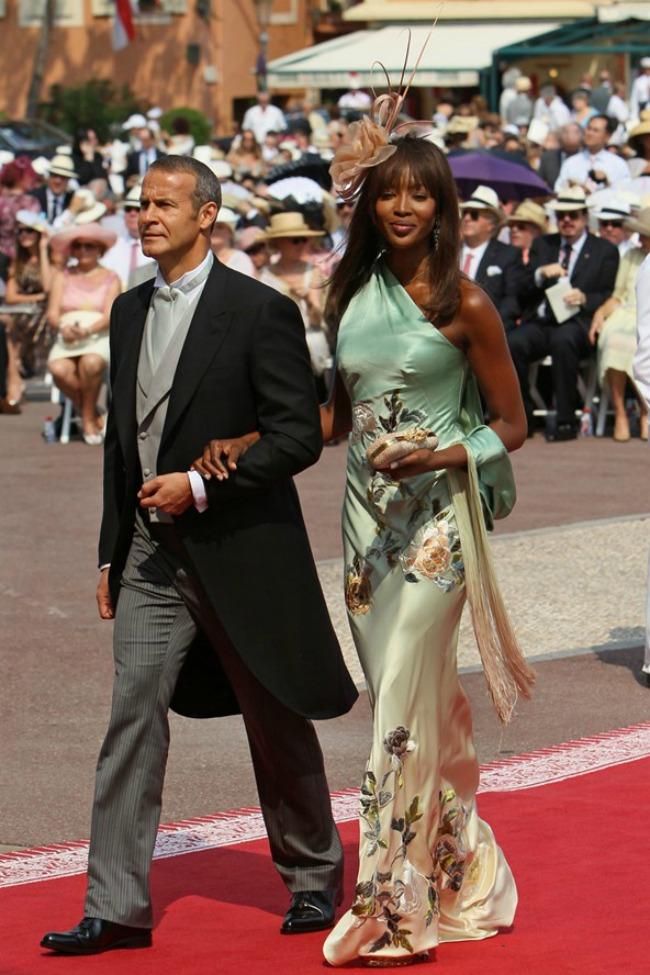 najstilizovaniji poznati gosti na vencanjima naomi kempbel Najstilizovaniji poznati gosti na venčanjima