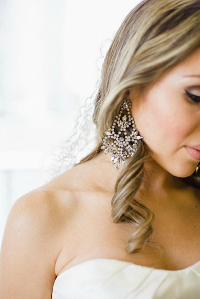 ponesite upecatljive mindjuse na vencanju 4 Ponesite upečatljive minđuše na venčanju