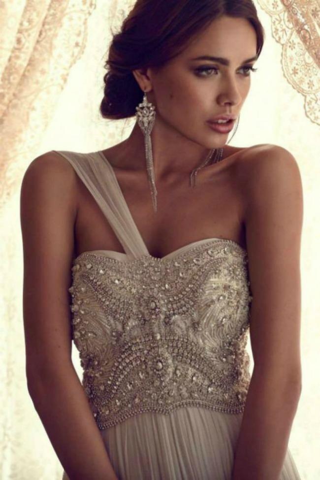 ponesite upecatljive mindjuse na vencanju 5 Ponesite upečatljive minđuše na venčanju