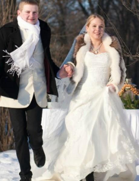 Kako da preživite zimsko venčanje napolju