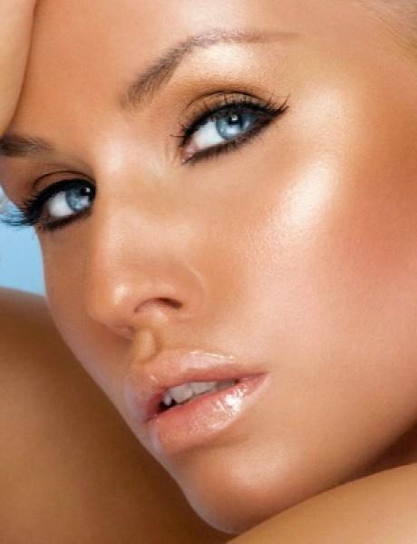 Bronzana šminka za mlade