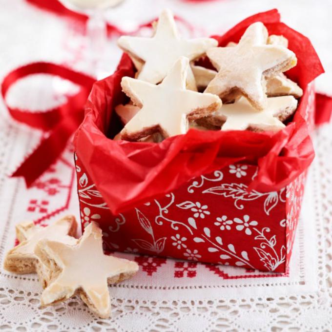 German cinnamon stars recipe Novogodišnji pokloni: Kreativne ideje za vašu decu