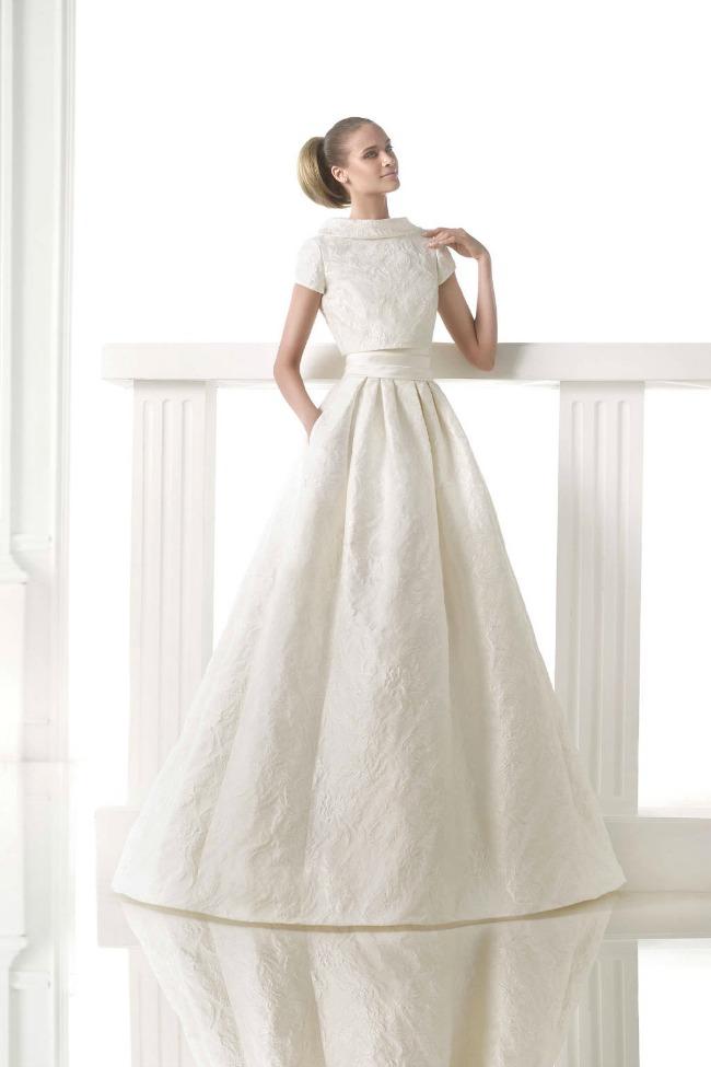 moderna haljina za vencanje crop top vencanica 1 Moderna haljina za venčanje: Crop top venčanica