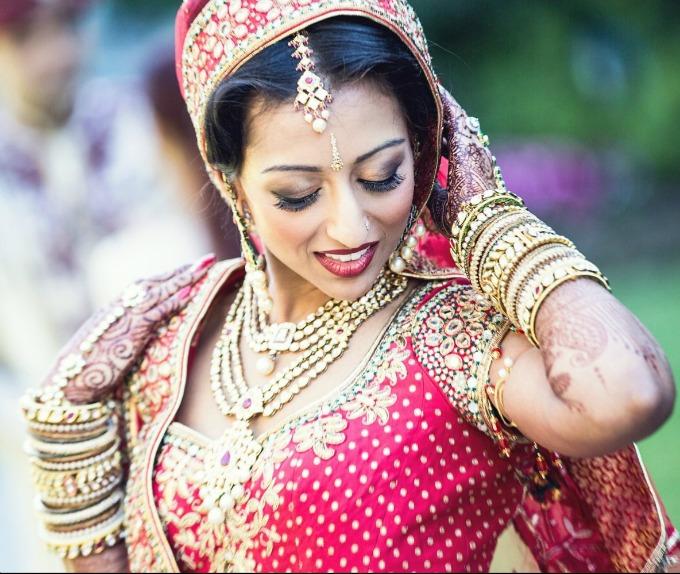 narukvice Šta znače delovi nošnje indijske mlade