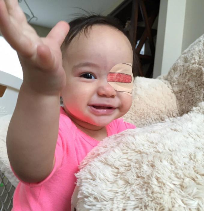 povez za oko 9 Roditeljstvo: Kako navesti dete da lakše podnese lečenje