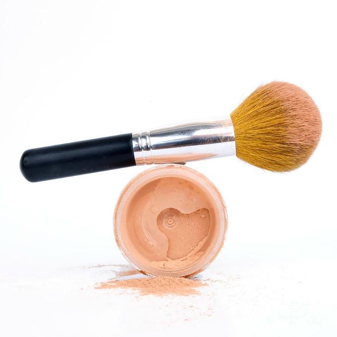 puder Šminka: Odaberite puder prema tipu kože